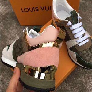 Shoes - louis vuitton runaway sneaker